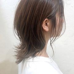 ナチュラル ウルフカット ミディアム ナチュラルデジパ ヘアスタイルや髪型の写真・画像