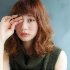 大人かわいい 前髪あり 外国人風 アッシュ ヘアスタイルや髪型の写真・画像