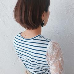 簡単ヘアアレンジ 透明感 ナチュラル ショート ヘアスタイルや髪型の写真・画像