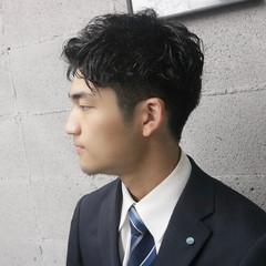 メンズカット ナチュラル メンズパーマ メンズ ヘアスタイルや髪型の写真・画像
