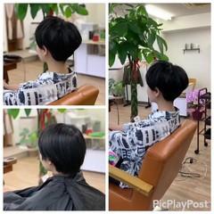 インナーカラー ベリーショート ショートボブ ウルフカット ヘアスタイルや髪型の写真・画像