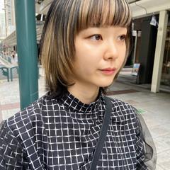 ホワイトブリーチ アッシュベージュ ブリーチ インナーカラー ヘアスタイルや髪型の写真・画像