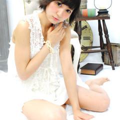 ショート アッシュ グラデーションカラー 外国人風 ヘアスタイルや髪型の写真・画像