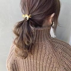 ミディアム セルフアレンジ ヘアアレンジ セルフヘアアレンジ ヘアスタイルや髪型の写真・画像