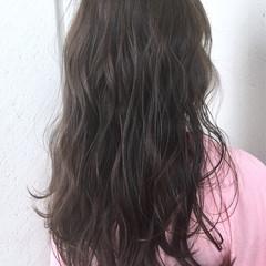リラックス ベージュ 色気 ナチュラル ヘアスタイルや髪型の写真・画像