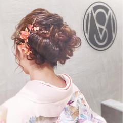ロング かわいい 成人式 大人かわいい ヘアスタイルや髪型の写真・画像