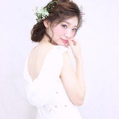 花嫁 ヘアアレンジ 大人かわいい ミディアム ヘアスタイルや髪型の写真・画像