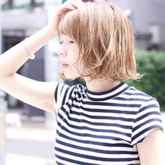ハイライト 大人かわいい アッシュ ストリート ヘアスタイルや髪型の写真・画像