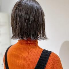 外ハネボブ ボブ 透明感カラー グレージュ ヘアスタイルや髪型の写真・画像