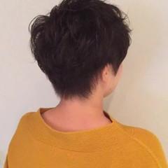 パーマ 簡単 ベリーショート ナチュラル ヘアスタイルや髪型の写真・画像