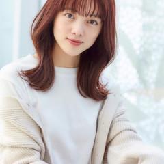 フェミニン セミロング ミディアムレイヤー 韓国ヘア ヘアスタイルや髪型の写真・画像