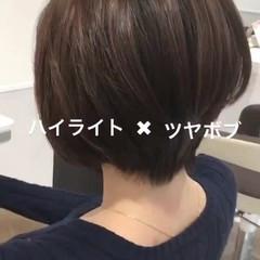 小顔 艶髪 ハイライト ナチュラル ヘアスタイルや髪型の写真・画像