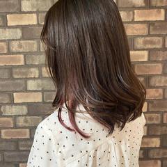 秋 ミディアム ナチュラル インナーカラー ヘアスタイルや髪型の写真・画像
