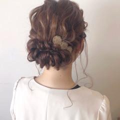 フェミニン ヘアアレンジ セミロング 成人式 ヘアスタイルや髪型の写真・画像