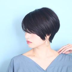 ベリーショート 白髪染め ショートボブ オフィス ヘアスタイルや髪型の写真・画像