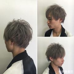 ショート ブリーチ メンズ シルバー ヘアスタイルや髪型の写真・画像