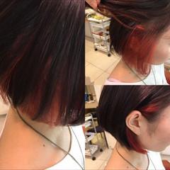 ボブ インナーカラー赤 ブリーチ インナーカラー ヘアスタイルや髪型の写真・画像