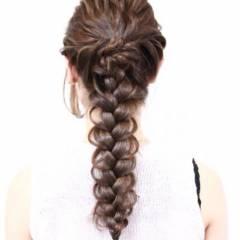 ヘアアレンジ ロング ねじり ガーリー ヘアスタイルや髪型の写真・画像