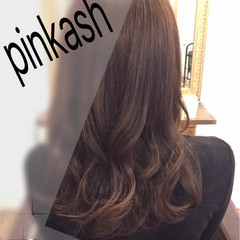 フェミニン 秋 ロング 外国人風カラー ヘアスタイルや髪型の写真・画像