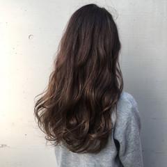 上品 ロング パーマ エレガント ヘアスタイルや髪型の写真・画像