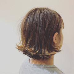 カール ラフ ストリート ナチュラル ヘアスタイルや髪型の写真・画像