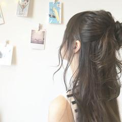 大人かわいい ロング 抜け感 お団子 ヘアスタイルや髪型の写真・画像