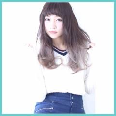 ハイライト セミロング グラデーションカラー ガーリー ヘアスタイルや髪型の写真・画像