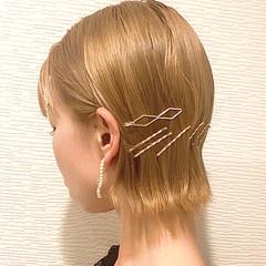 ハイトーンボブ 切りっぱなしボブ ボブ ミルクティーベージュ ヘアスタイルや髪型の写真・画像