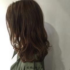 セミロング 外国人風 愛され 大人かわいい ヘアスタイルや髪型の写真・画像