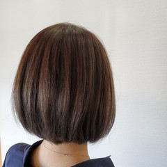 ツヤ髪 アッシュブラウン ボブ ナチュラル ヘアスタイルや髪型の写真・画像