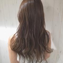外国人風カラー ロング 艶髪 ナチュラル ヘアスタイルや髪型の写真・画像