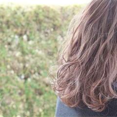アッシュ ナチュラル ミディアム ピンクアッシュ ヘアスタイルや髪型の写真・画像