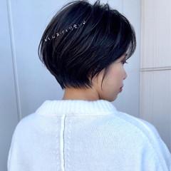 ショートヘア ショート ハンサムショート 切りっぱなしボブ ヘアスタイルや髪型の写真・画像