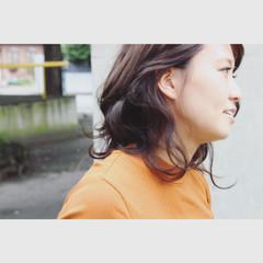 ストリート ハイライト グレーアッシュ インナーカラー ヘアスタイルや髪型の写真・画像