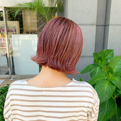 ピンクアッシュ ピンクベージュ ピンクラベンダー ストリート ヘアスタイルや髪型の写真・画像
