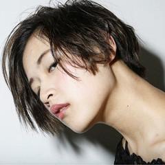 前髪あり 大人かわいい モード 外国人風 ヘアスタイルや髪型の写真・画像