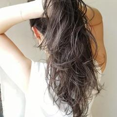 ナチュラル ロング 大人女子 グレージュ ヘアスタイルや髪型の写真・画像