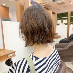 外ハネボブ レイヤーボブ 切りっぱなしボブ ミニボブ ヘアスタイルや髪型の写真・画像