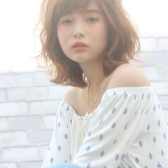 外国人風 色気 かわいい フェミニン ヘアスタイルや髪型の写真・画像