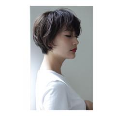 透明感 リラックス ボブ シースルーバング ヘアスタイルや髪型の写真・画像