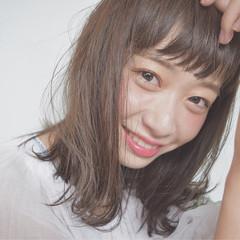 パーマ 暗髪 ミディアム ピュア ヘアスタイルや髪型の写真・画像