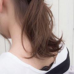 ベージュ ポニーテールアレンジ ナチュラル ヘアアレンジ ヘアスタイルや髪型の写真・画像