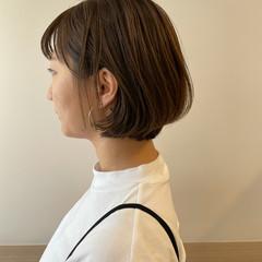 ミニボブ アッシュグレージュ ショートボブ ナチュラル ヘアスタイルや髪型の写真・画像
