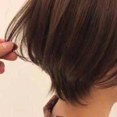 ナチュラル 小顔ショート アンニュイほつれヘア ショート ヘアスタイルや髪型の写真・画像