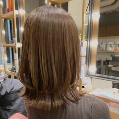 ミディアムレイヤー ミディアム ナチュラル レイヤーカット ヘアスタイルや髪型の写真・画像