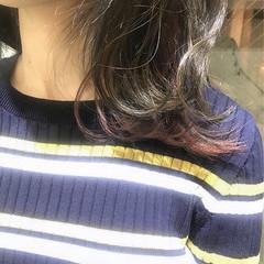 フェミニン ミディアム 抜け感 グラデーションカラー ヘアスタイルや髪型の写真・画像