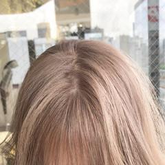 ミルクティーベージュ ミルクティー ミルクティーブラウン セミロング ヘアスタイルや髪型の写真・画像
