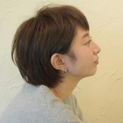 マッシュ 耳かけ ショートバング 小顔 ヘアスタイルや髪型の写真・画像