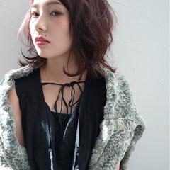かっこいい ベリーピンク 前髪あり 外国人風 ヘアスタイルや髪型の写真・画像