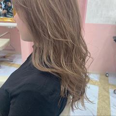 ミルクティーアッシュ グレージュ ダブルカラー ミルクティーグレージュ ヘアスタイルや髪型の写真・画像